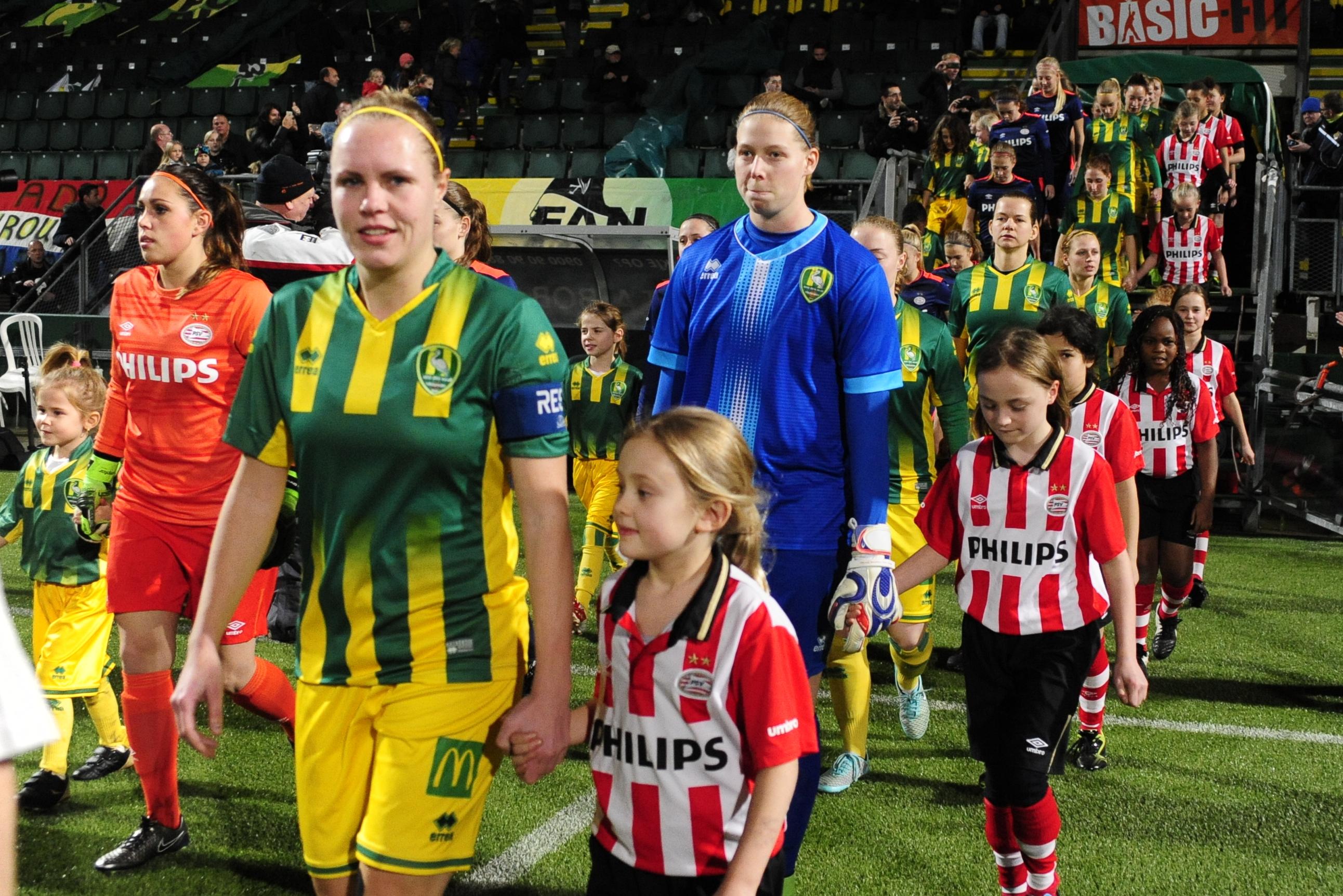ADO Den Haag – PSV (5-1)
