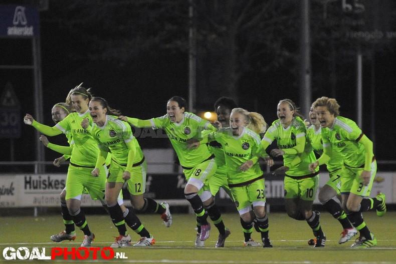 Ajax door na strafschoppen, halve finale tegen PSV