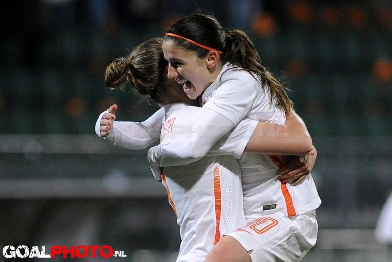 Leeuwinnen verslaan Zwitserland (3-4)