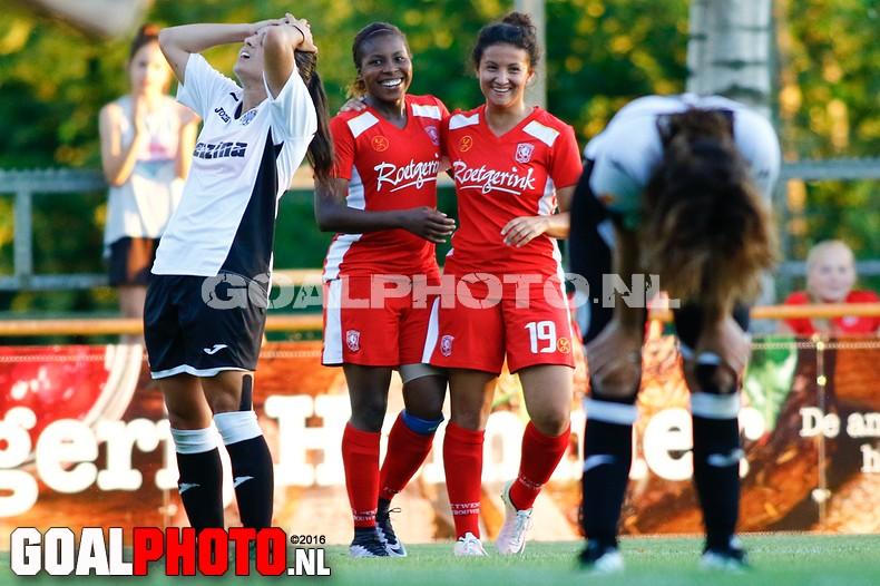 Vrouwen FC Twente met 9-0 langs Hibernians