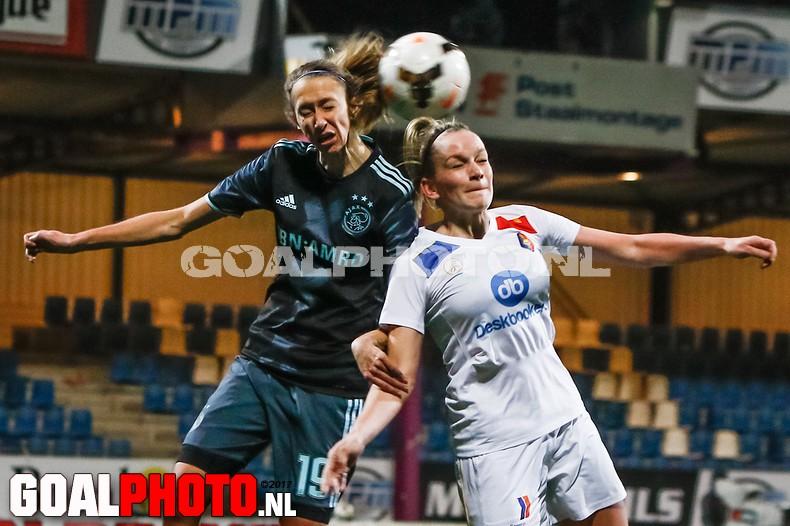Vrouwen Telstar pakken punt van koploper Ajax
