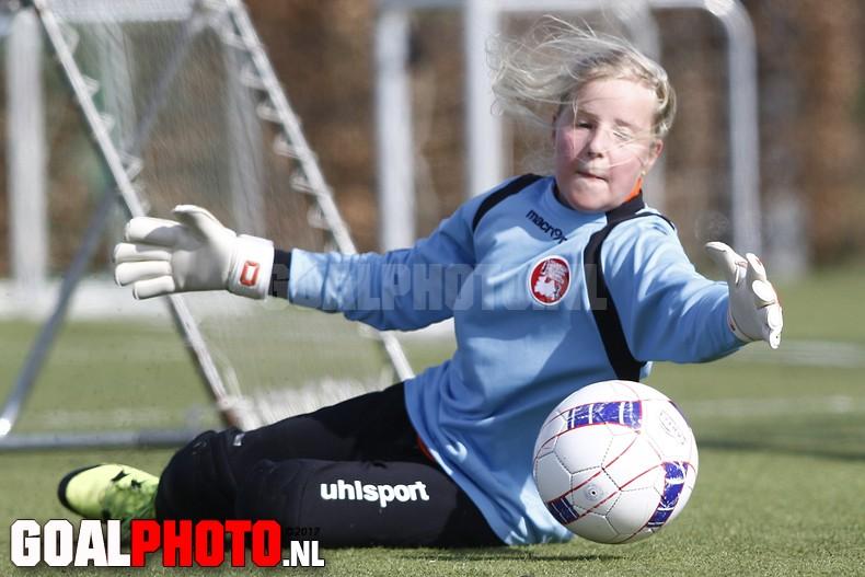 Training Utrechtse Vrouwenvoetbal Academie (UVVA)