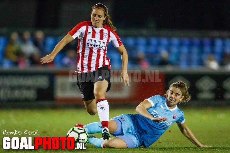 Vrouwen PSV winnen topper tegen Twente