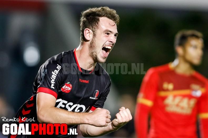 Helmond Sport is hekkensluiter af na eerste seizoenszege bij Jong AZ