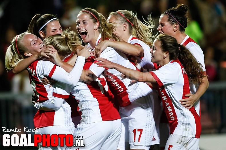 Tien vrouwen Ajax boeken kleine overwinning op Brescia