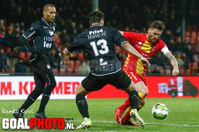 FC Emmen naar vierde plek door simpele zege bij Go Ahead Eagles