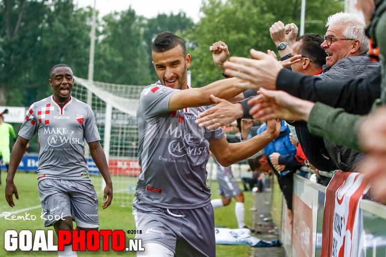 Moeizame 1-1 houdt Kozakken Boys in race voor kampioenschap