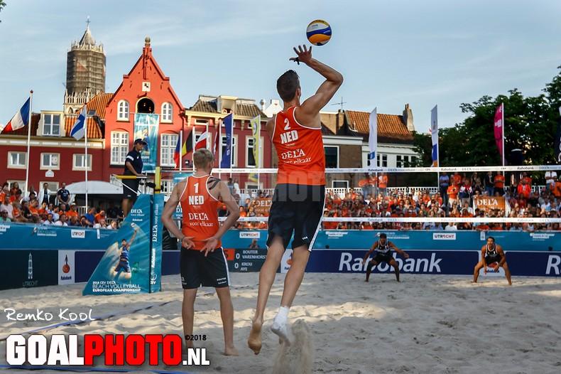 Varenhorst en Bouter winnen openingsduel EK beachvolleybal