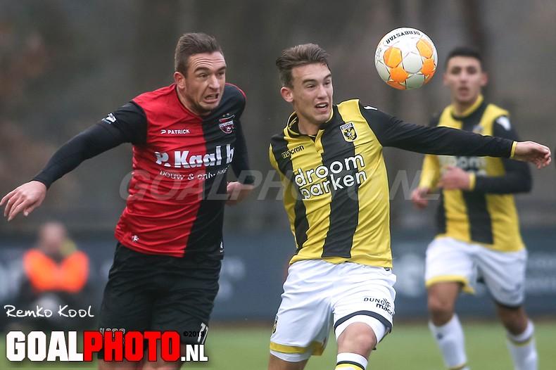 Lars ten Teije helpt Jong Vitesse met strafschop voorbij De Treffers
