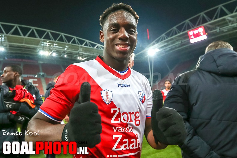 Jong FC Utrecht staat geen laatste meer dankzij hattrickheld Venema tegen Jong Ajax