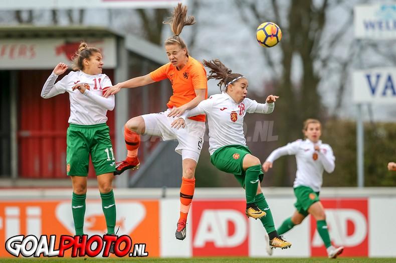 Vrouwen onder 19 klaart routineklus tegen Bulgarije: 6-0