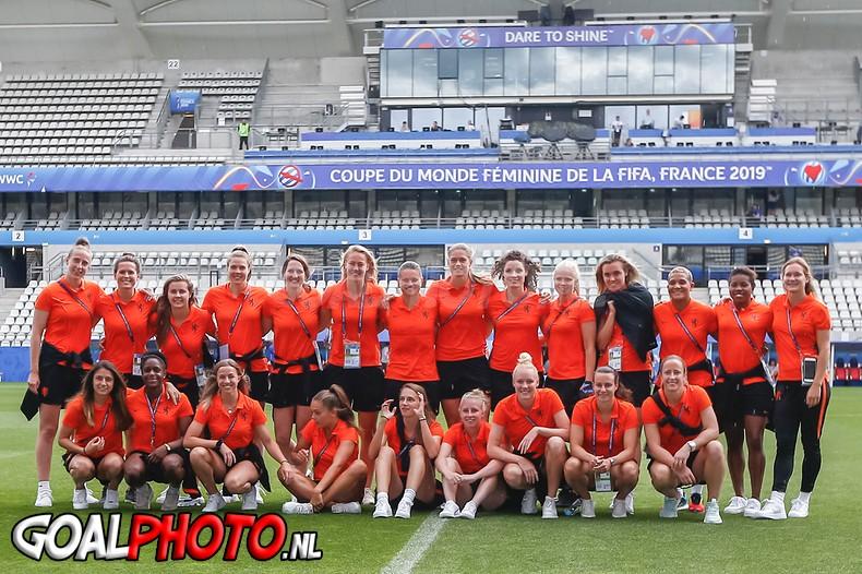 Persconferentie & bezoek stadion voor Nederland – Canada